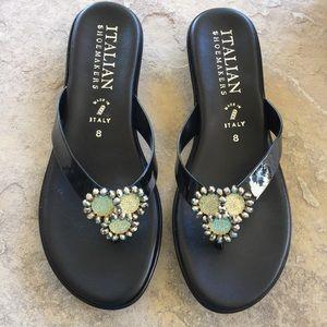 Italian Shoemakers Thong Sandals Black 8 NWOT